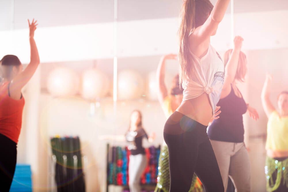 dance class in modular fitness studio